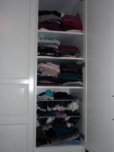 Garderob före