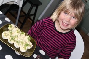 Påsk lillskrutt o ägg