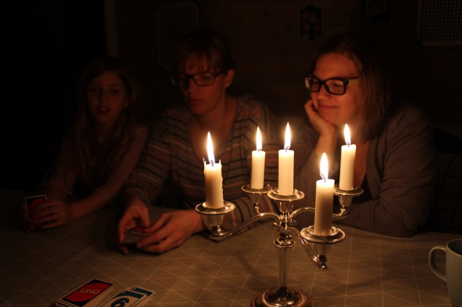 Earth hour spelmys